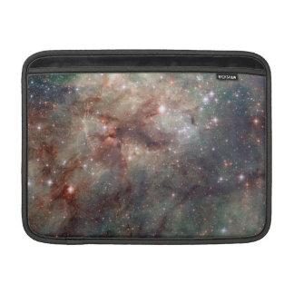 Närbild av tarantelnebulaen sleeve för MacBook air