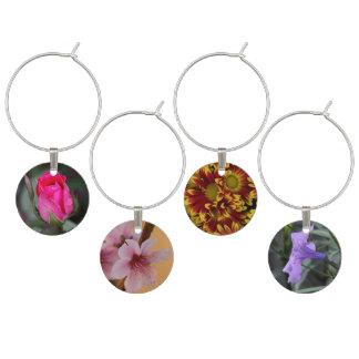 Nätt blommigt, 4 blommor, 4 färger! berlock vinglas
