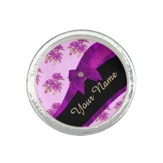 Nätt mauve purpurfärgad vintageblommönster fotoring