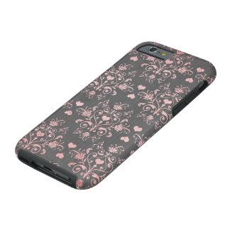 nätt rosa romantisk hjärtadamast på vintagegrå tough iPhone 6 fodral