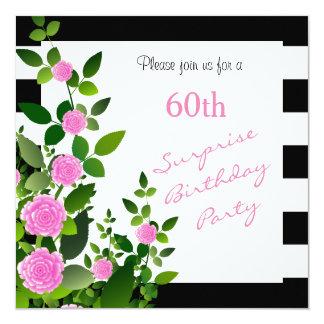 Nätt svartvita randar med rosa ros fyrkantigt 13,3 cm inbjudningskort