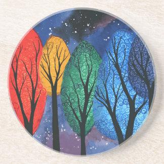 Nattfärg - för regnbåge himmel för träd swirly underlägg sandsten