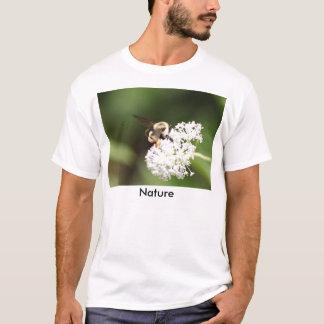 Naturen är härlig tshirts