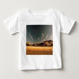 Naturökenhav av sanden tröjor