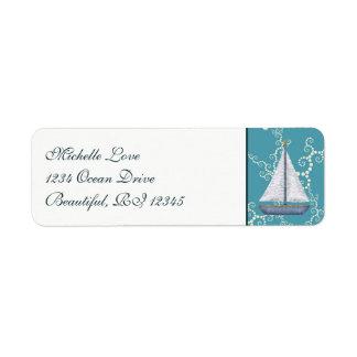Nautisk segelbåt med att virvla runt returadress etikett