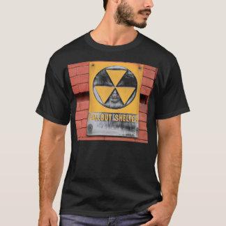 Nedfallskydd undertecknar tshirts
