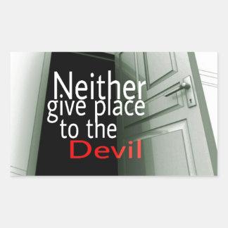 Neither ger sig förlägger till djävulen rektangulärt klistermärke