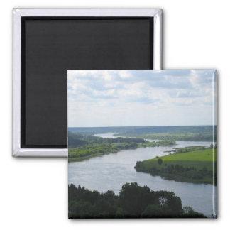 Nemunas flod på Vilkija, LITAUEN --- Magnet