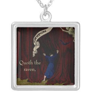 Nevermore… Halsband Med Fyrkantigt Hängsmycke