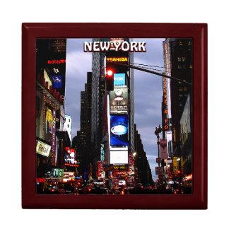 New York boxas tider kvadrerar souvenir NYC Giftbo Smyckeskrin