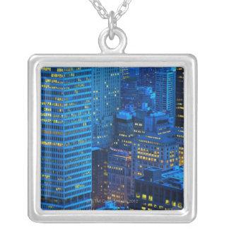 New York City horisont på solnedgången Silverpläterat Halsband