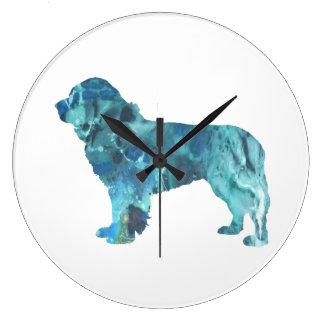 Newfoundland hund stor klocka