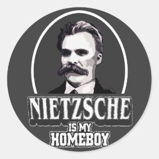 Nietzsche är min Homeboy Runt Klistermärke