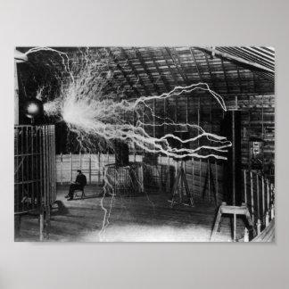 Nikola Tesla - kasta i sig av elektricitet Poster