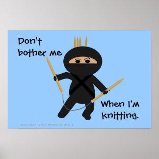 Ninja Knitter med cirkulärnålaraffischen Poster