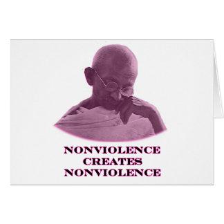 Nonviolencemagenta de MUSEUMZazzle gåvorna Kort