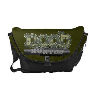 Noob jägare med vektorrörvapnet kurir väskor