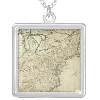 Nordamerika 3 halsband med fyrkantigt hängsmycke
