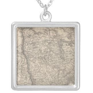 Nordamerika 4 halsband med fyrkantigt hängsmycke