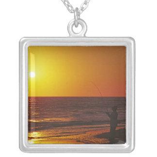 Nordamerika USA, Florida, Sanibel Island. Halsband Med Fyrkantigt Hängsmycke