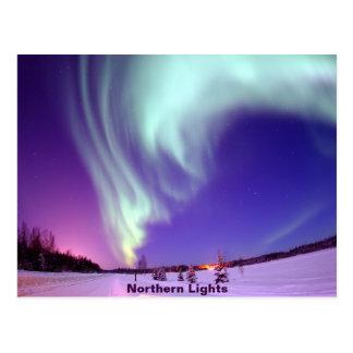 Nordligt ljussken i alaskabo himmel vykort