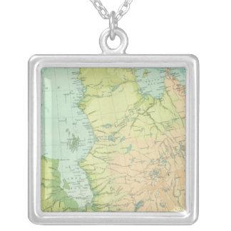 Nordöstra Kanada Silverpläterat Halsband