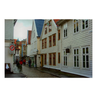Norge Bergen trähus och en lappad gata Affischer