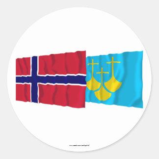 Norge- och Møre og Romsdal som vinkar flaggor Klistermärken
