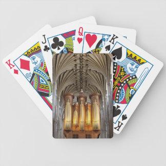 Norwich domkyrka som leker kort spelkort