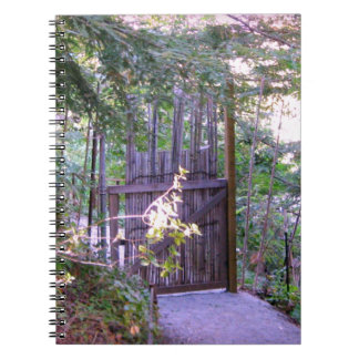 Noterar den trädgårds- bambugrinden för japanen anteckningsbok med spiral