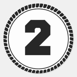 Numrera två runt klistermärke