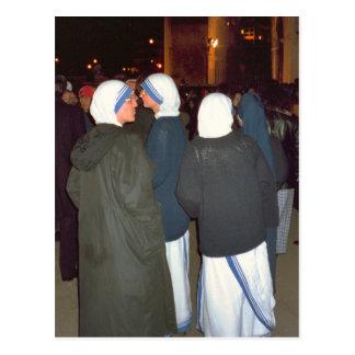 Nunnor av beställa av modern Theresa Vykort