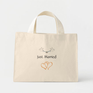 Ny gifta mini tygkasse
