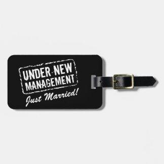 Ny giftabagagemärkre | under ny ledning bagagebricka