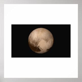 Nya horisonter - Pluto i riktig färg Poster