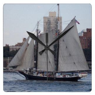 NYC-segelbåt 1 Fyrkantig Klocka