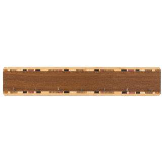 Nyckel- kugge för anpassningsbar nyckelhängare av valnöt