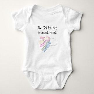Nyckel till Nanas hjärtaTshirts och gåvor T Shirts