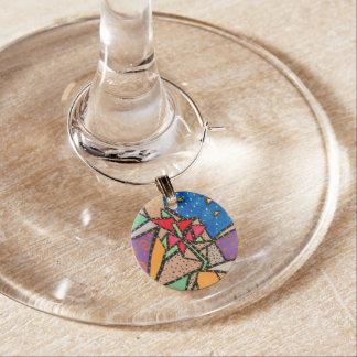 Nyckfull blomma berlock vinglas