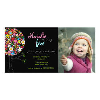 Nyckfull födelsedag för unge för vår fotokort
