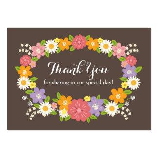 Nyckfull lantlig märkre för blommatackfavör set av breda visitkort