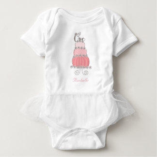 Nyckfull rosa flicka för tårta en 1st tee shirts