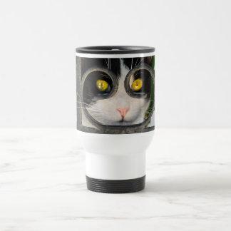 Nyfiken katt med den roliga Thermo koppen för Resemugg