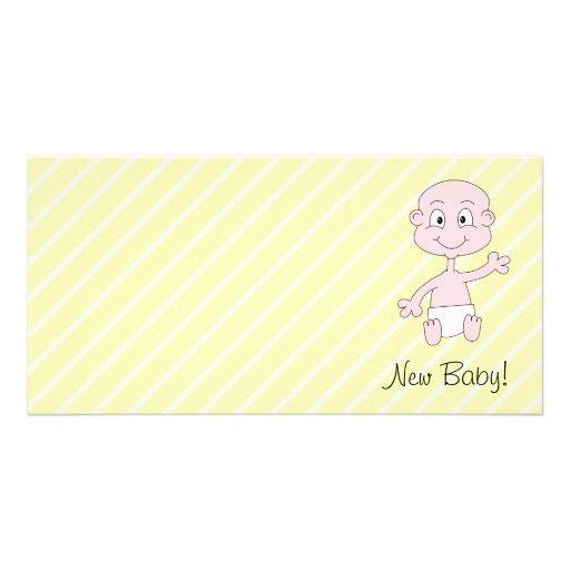 Nyfödd bebis! Gulligt vinka för bebis. På gula str Anpassingsbara Fotokort