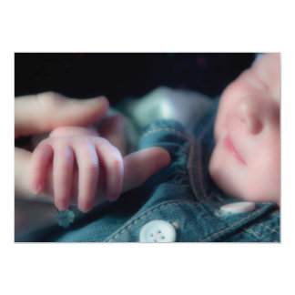 Nyfödd bebisinbjudan 12,7 x 17,8 cm inbjudningskort