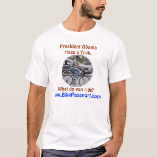 Obama rider en Trek T-shirts