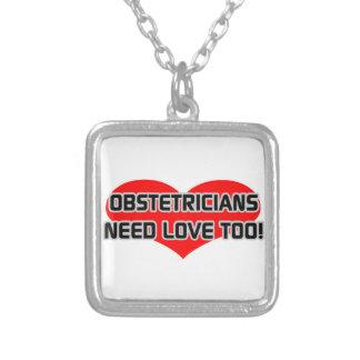 Obstetricians behöver kärlek för smycken