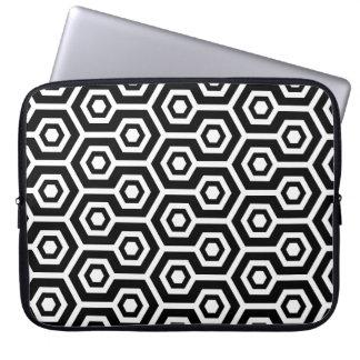 Octagonal Seamless mönster för svart & för vit Laptop Fodral