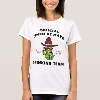 Officiella Cinco de Mayo som dricker lagdamer T-shirt