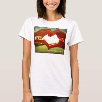 Oförskräckt flickaktigtskjorta t-shirts